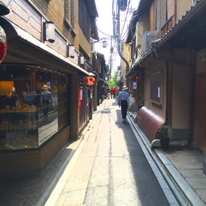京都 先斗町 街並み